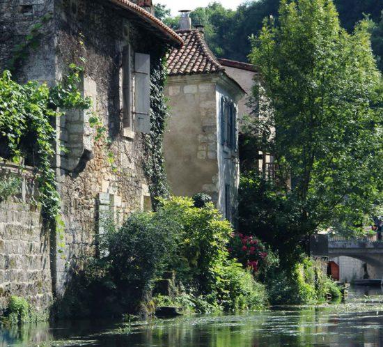 brantome-dordogne-village